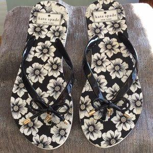 Kate Spade woman's size 7-8 sandal